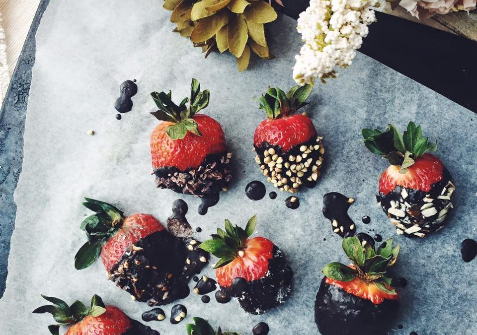 Home-made Cacao Dipped Strawbs